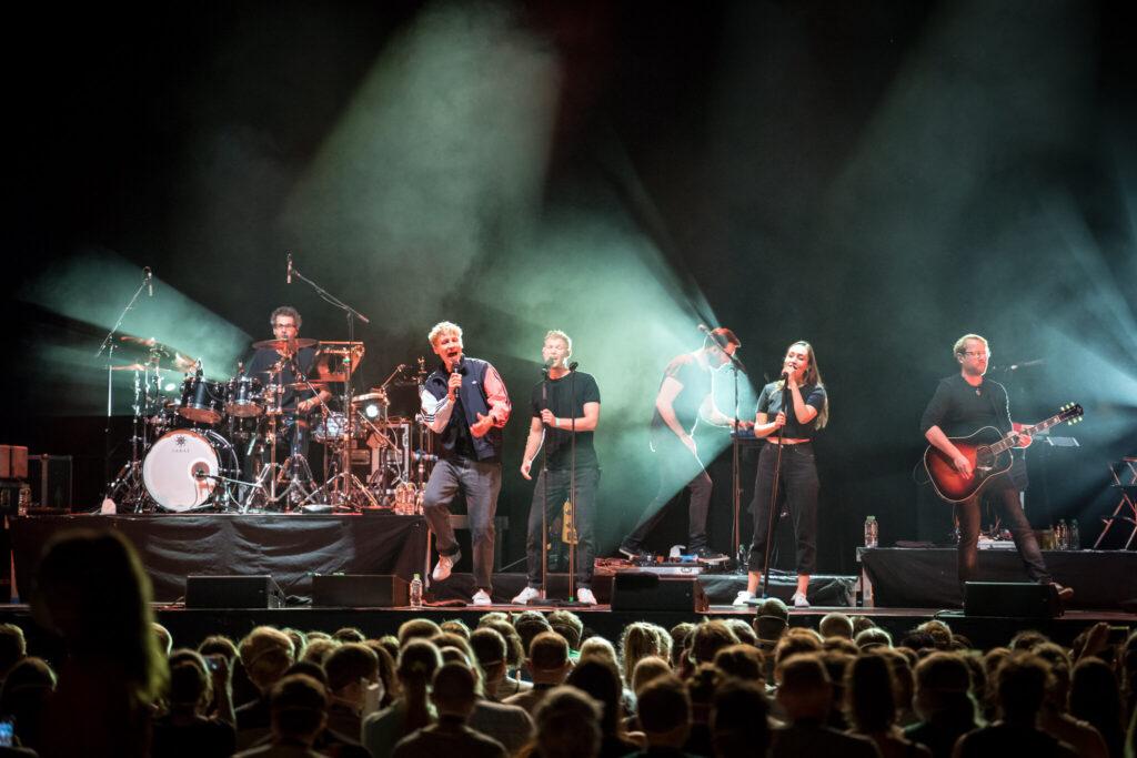 Reasons You Should Visit a MeneelyAnd Van Sante Concert