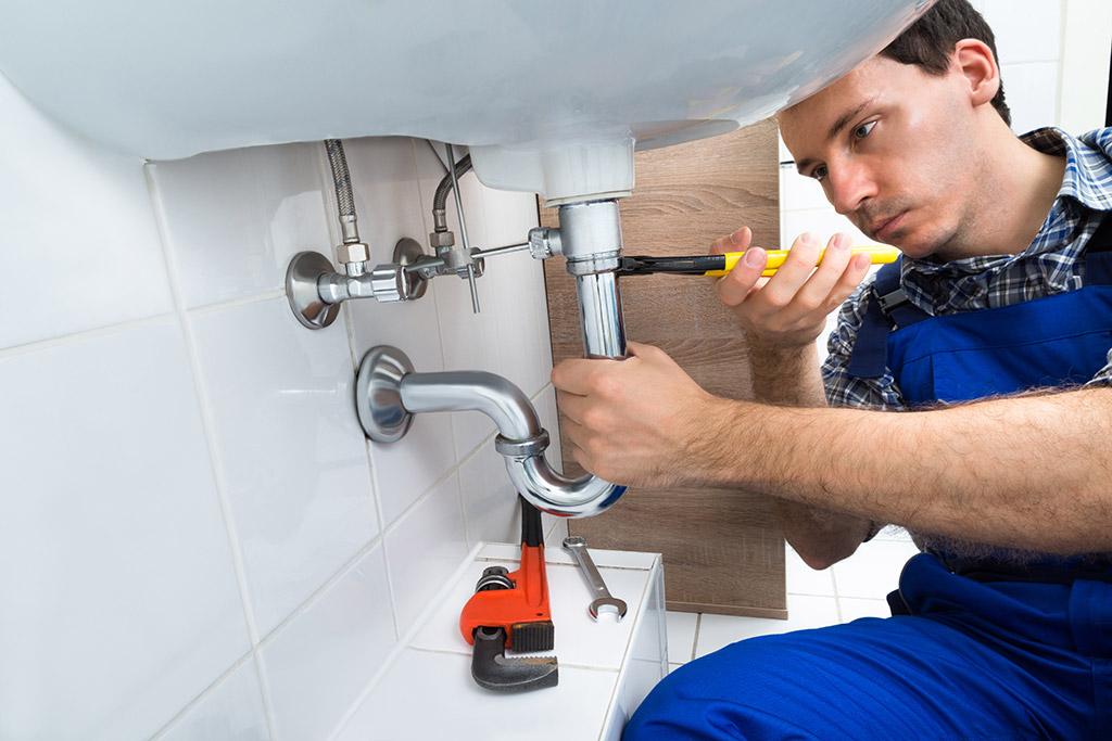 Handyman Jobs In Dover, De: A Helping Hand In Catastrophe